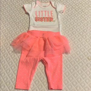 Carters NB 2 piece set NWOT